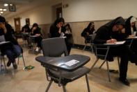 آغاز تکمیل ظرفیت آزمون کاردانی به کارشناسی 98